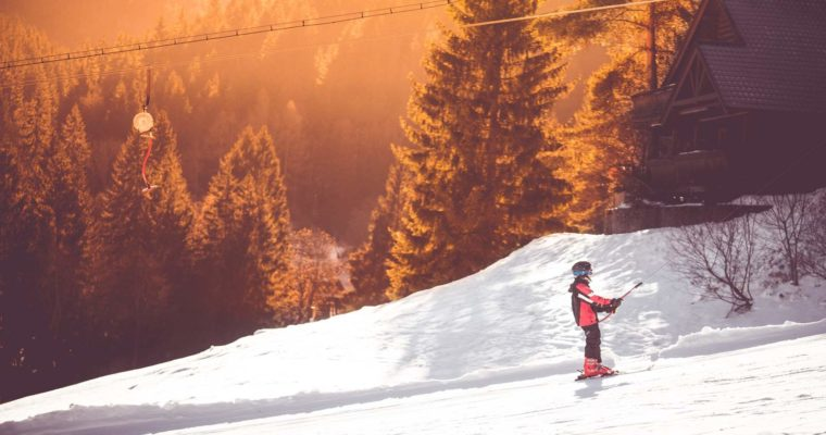 Kurtki narciarskie męskie – czy konieczny jest kompromis pomiędzy jakością i funkcjonalnością a wyglądem?