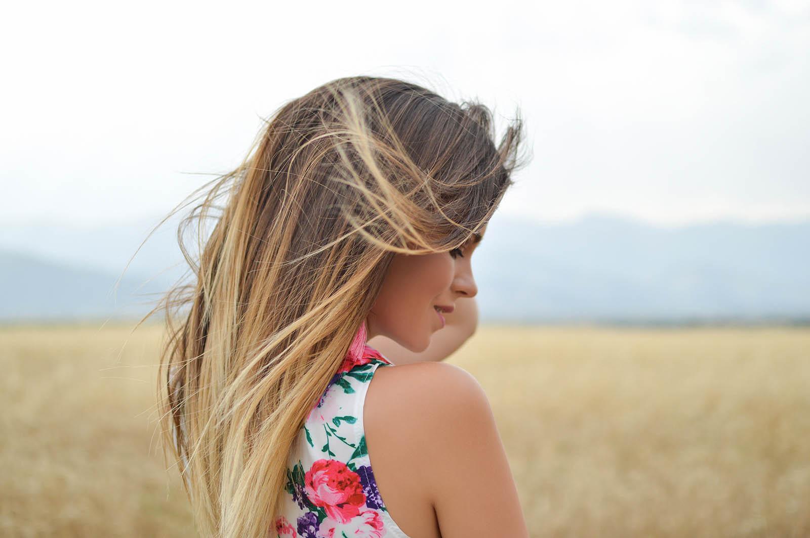 Transplantacja włosów – na czym polega i jakie daje efekty?