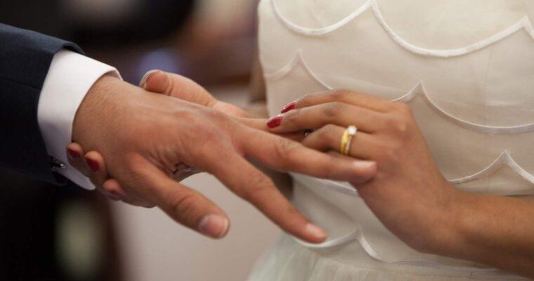 Prosta kreacja na ślub